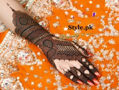 10 Bridal Mehndi Designs for Hands Free For Your Marriage;It is extremely normal to see Arabic Mehndi outlines utilized and connected amid celebrations. Dulhan Mehndi Designs, Kashee's Mehndi Designs, Mehndi Designs Finger, Latest Bridal Mehndi Designs, Mehndi Designs For Girls, Mehndi Design Photos, Wedding Mehndi Designs, Mehndi Designs For Fingers, Mehndi Images