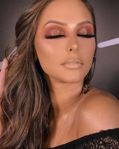Gorgeous Makeup: Tips and Tricks With Eye Makeup and Eyeshadow – Makeup Design Ideas Prom Eye Makeup, Prom Makeup Looks, Makeup 2018, Homecoming Makeup, Blue Eye Makeup, Wedding Makeup, Face Makeup, Mac Makeup Looks, Pretty Makeup Looks
