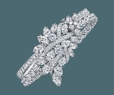 Secret Wonder by Harry Winston, Reversible Diamond, Sapphire and Aquamarine Earrings | Harry Winston