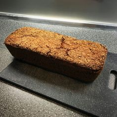 Grandma's black bread - bread enjoyment - is now baked - Oma - Brot All U Can Eat, Savoury Baking, Pampered Chef, Banana Bread, Buffet, Healthy Lifestyle, Food And Drink, Nutrition, Diet