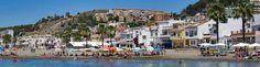 La ciudad de Málaga se ha convertido en un destino de referencia para el aprendizaje del español. Son muchos los extranjeros que deciden venir a aprender español a la Costa del Sol, llamados además por otros factores como el clima o la oferta cultural y de ocio que ofrece la ciudad.