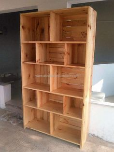 Now see the repurposed wood pallet shelving cabinet from one side, it is as neat as it is looking from the front. The pallets can be painted with any color according to the furniture placed in the room where it is to be settled and it will look good in any color.