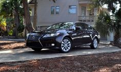 Road Test Review - 2015 Lexus ES300h Delivers Industry-Best Value, Efficiency and Cabin Comfort