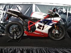 Ducati 1098r Bayliss replica.