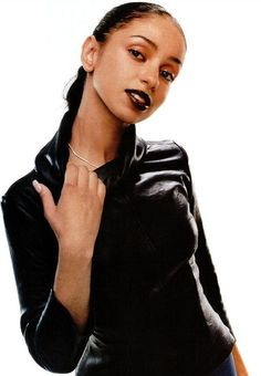 Showcasing the beauty of Women of Color. Black is beautiful! Fashion Models, 2000s Fashion Trends, 90s Fashion, Fashion Outfits, High Fashion, Vintage Fashion, Womens Fashion, Black Girl Magic, Black Girls