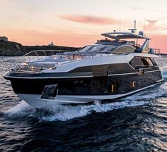 Azimut's new 27m Grande boasts 5 cabins and became the largest yacht that the Italian shipyard built in an open manner joining the superstructure with the hull after the interior has been done.