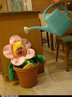 Kids costumes baby in flower pot mom/gardener w/ watering can & straw hat!