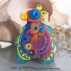 Crazy Chicken Lampwork bead by Michou P. Anderson by michoudesign