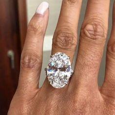 This is what luxury looks like. 17.17ct D IF Type IIA Oval Cut diamond. The rarest of the rare. ❤️ . . . #Diamonds #diamonddealer #gia…