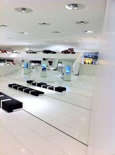 Porsche Museum, Stuttgart. Amazing. buraya kesinlikle gitmeliyim!