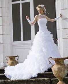 Robe de mariee nuptial d'occasion avec accessoires