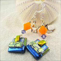 Moon and Stars Dichroic Earrings by HanaSakuraDesigns on Etsy Dichroic Glass Jewelry, Glass Earrings, Drop Earrings, Jewelry Design, Unique Jewelry, Microwave, Glass Art, Moon, Stars