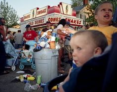 Photographs exploring the impact of fast food in America - Washington DC based photographer Susana Raab Photography Awards, Color Photography, Life Photography, Food Documentaries, Right Brain, Documentary Photographers, Art Base, Music Film, Weekend Fun