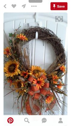 Cute Winter Wreath Decoration Ideas To Compliment Your Door - When most of us think of front door wreaths we think circle, evergreen and Christmas. Wreaths come in all types of materials and shapes. Wreath Crafts, Diy Wreath, Door Wreaths, Grapevine Wreath, Wreath Ideas, Grapevine Christmas, Autumn Wreaths, Holiday Wreaths, Thanksgiving Wreaths
