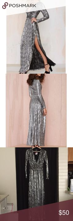 196f2a00ff Metallic Alloy Crinkle Maxi dress by Nasty Gal Silver metallic Alloy  Crinkle maxi dress with a
