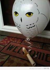Awesome way to give an invitation for some kind of party! ♥♥