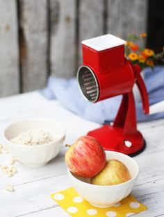 Ralla manzana para tu desayuno o para un queque. Le dará todo su toque! Hair Dryer, Breakfast, Hair Diffuser