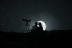 Recuperemos el tiempo que se fue,que no hemos vivido,de alguna manera las cosas se van dando,dejemos que fluyan por si solas eso si poniendo un poco de las dos partes, si no esto no funciona,la amistad,la complicidad,el cariño,la comunicación,el amor son muy importantes ♥