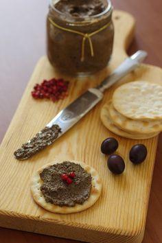Cinco Quartos de Laranja: Pasta de azeitona preta