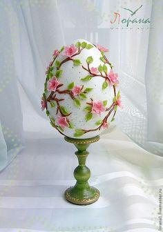 12 Next-Level Easter Egg Projects For Adults Egg Crafts, Easter Crafts, Diy And Crafts, Egg Shell Art, Easter Parade, Easter Projects, Faberge Eggs, Egg Art, Easter Cookies