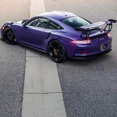 Porsche 991 RS painted in Ultraviolet Purple Photo taken by: on… Ferdinand Porsche, Porsche Sports Car, Porsche Cars, Supercars, Porsche 991 Gt3 Rs, Porsche Modelos, Dodge, Ferrari, Porche 911