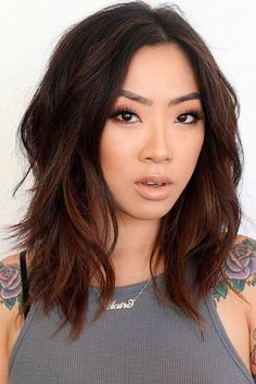 Cute Shoulder Length Layered Haircuts for 2018 – Frisuren, Shoulder Length Brown Bob Haircut With Layers. Medium Length Hair With Layers, Medium Hair Cuts, Shoulder Length With Layers, Shoulder Length Bobs, Brunette Shoulder Length Hair, Shoulder Haircut, Brunette Hair, Thick Hair With Layers, Hair Styles For Medium Hair With Layers