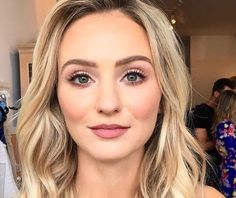 Skin-Makeupforever hdfoundation Nars creamy concealer custard&vanil… - Wedding Makeup For Fair Skin Natural Wedding Makeup, Wedding Hair And Makeup, Natural Makeup, Lauren Bushnell, Fair Skin Makeup, Hair Makeup, Bridal Makeup For Fair Skin, Makeup Eyeshadow, Makeup Brushes
