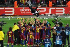 Image barcelona era pep guardiola - Wallpaper AUS Fc Barcelona, Barcelona Players, Real Madrid Players, Pep Guardiola, Manchester United, Football Daily, Xavi Hernandez, Club World Cup, Soccer