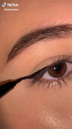 Edgy Makeup, Makeup Eye Looks, Eye Makeup Steps, Smokey Eye Makeup, Eyebrow Makeup, Skin Makeup, Eyeshadow Makeup, Makeup Art, Makeup Tutorial Eyeliner
