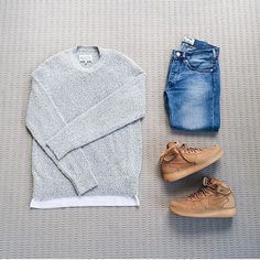 Outfit: : #maisonmargiela sweater & #commedesgarcons t-shirt : #acnestudios jeans : #nike #airforce1