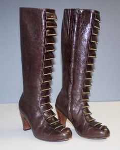CALLEEN-CORDERO-Brown-ANTIQUE-LEATHER-KNEE-HIGH-BOOTS-CARVED-WOOD-HEELS-Sz-8-5