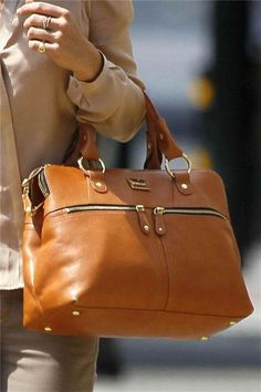 dear, I have your sister in brown croc.. somehow I still want your tan skin for summer..       Modalu, Pippa handbag