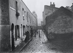 Little Collingwood Street, Bethnal Green by John Galt. Galt worked as a… Victorian London, Vintage London, Old London, Victorian Era, London City, Green Pictures, Old Pictures, Old Photos, London History