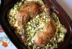 Csirkecomb zöldségekkel, római tálban Baked Potato, Potatoes, Meat, Chicken, Baking, Ethnic Recipes, Food, Potato, Bakken