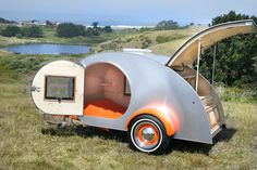 another teardrop camper..the Girl Scout in me is loving this!