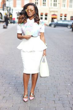 Style by Soraya de Carvalho ! Such a cute outfit, the skirts the best for a lady like me with nice curves.