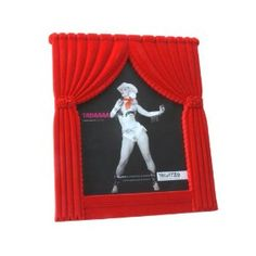 Curtain photo frame