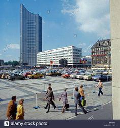 Die Universität von Leipzig; DDR 1970er Jahre.The university of Leipzig, Leipzig, DDR 1980s.