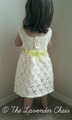 Vintage Dresses Vintage Toddler Dress - Free Crochet Pattern - The Lavender Chair - This vintage toddler dress crochet pattern is the most elegant dress pattern! This is created using a cotton yarn so its perfect for any time of the year! Crochet Toddler Dress, Toddler Dress Patterns, Baby Girl Crochet, Crochet Baby Clothes, Crochet For Kids, Knit Crochet, Crochet Granny, Crotchet, Crochet Children
