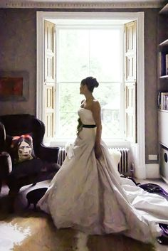 wedding dress great idea for a bride.  Ferla Paolo Photography - Wedding and Ceremonies Photographer in Bath and Bristol