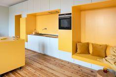 Function Walls: An Optimized Living Place with Modern Interior and Three Built-in Walls – Futurist Architecture Interior Design Kitchen, Modern Interior Design, Interior Architecture, Interior Decorating, Contemporary Interior, Küchen Design, House Design, Living Place, Yellow Interior