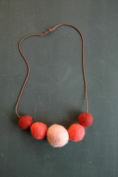 present idea: felt ball necklace