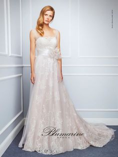 Visit the official Blumarine ® online store to see the latest fashionable looks. 2016 Wedding Dresses, Wedding Pics, Wedding Blog, Gowns With Sleeves, Lace Sleeves, Vintage Lace, Vintage Inspired, One Shoulder Wedding Dress, Tulle