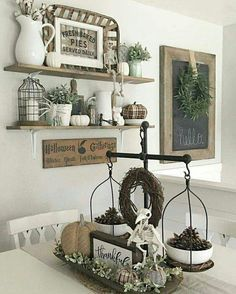 Pretty farmhouse style table centerpiece!