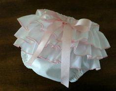 La colmena recién nacido pañal cubierta por huckleberryyumyum
