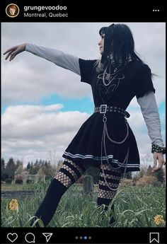 Cute Skirt Outfits, Cute Skirts, Edgy Outfits, Teen Fashion Outfits, New Outfits, Pretty Outfits, Girl Fashion, Girl Outfits, Aesthetic Grunge Outfit