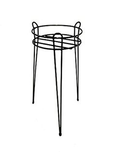Pot Stand / Pot Table - Provide your plant pots with better ventilation and reduce the risk of your plant pots freezing (High - 25cm in Diameter / 60cm High)