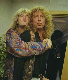 Joe Elliott and Robert Plant❤