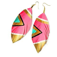 Neon Aztec Electric Pink Faux Leather Feather Earrings from Etsy--so cute I Spy Diy, Pink Feathers, Painted Feathers, Feather Painting, Feather Earrings, Pink Earrings, Aztec, Handmade Jewelry, Neon