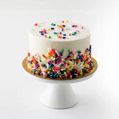 Vanilla Buttercream, Vanilla Cake, Birthday Photography, Pastry Shop, Custom Cakes, Cake Smash, Party Time, Sprinkles, First Birthdays